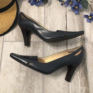 Unisa Alyia Leather Pumps with Cut Outs